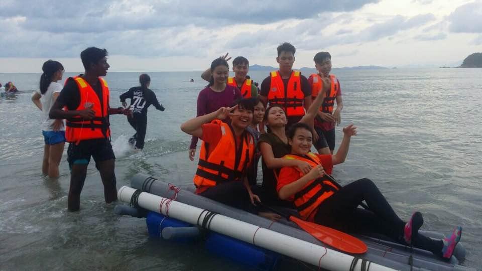 Raft-Building 5