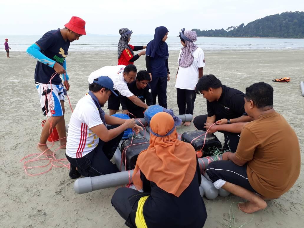 Sea Raft Race