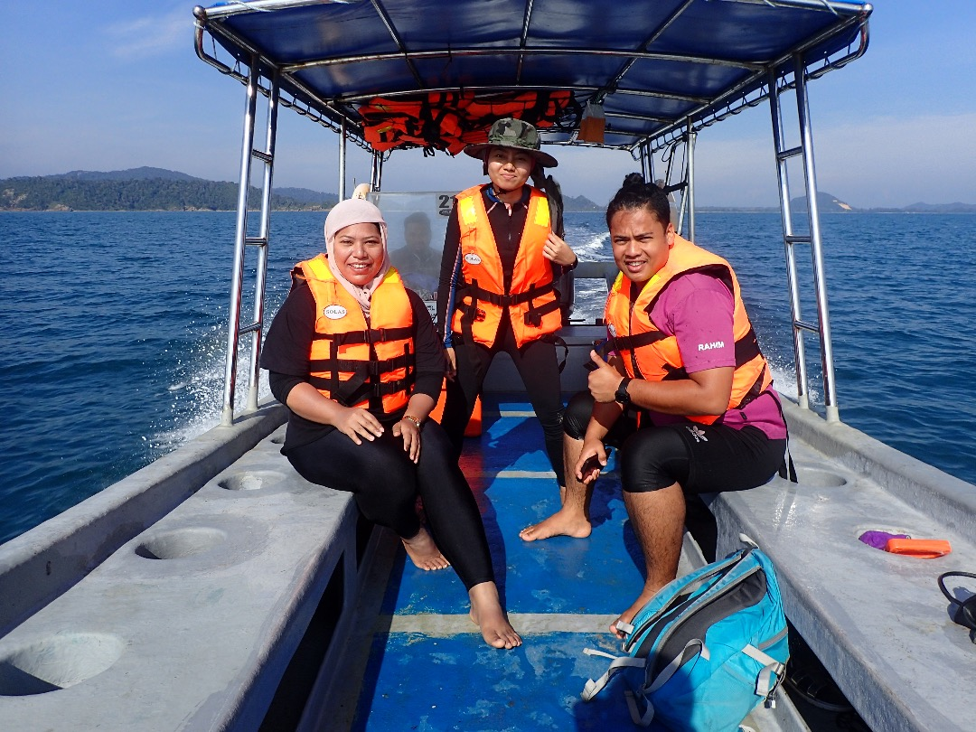 Island Hopping & Snorkelling (2)