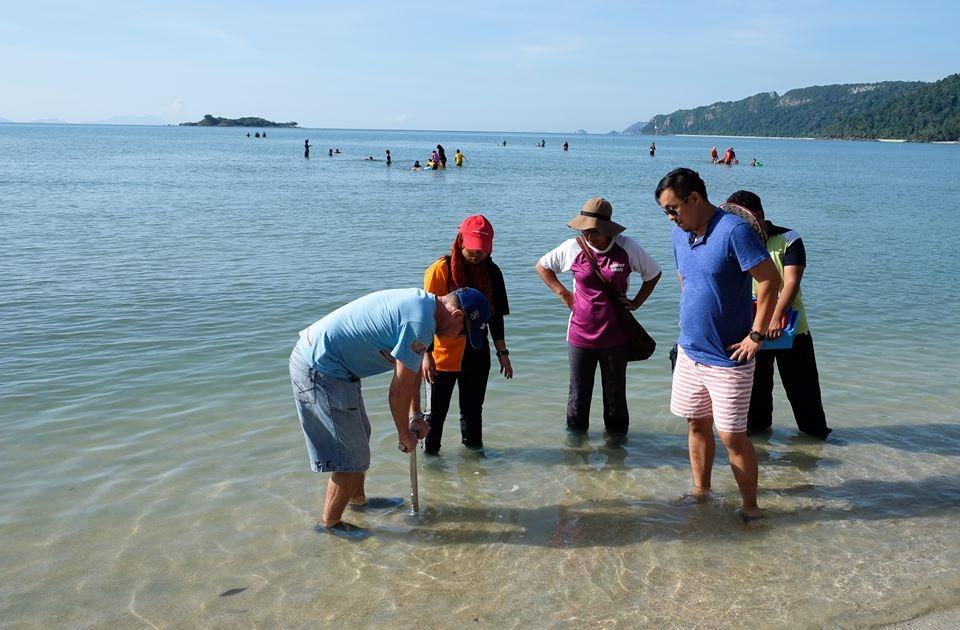 Marine Biology Beach walk (2)