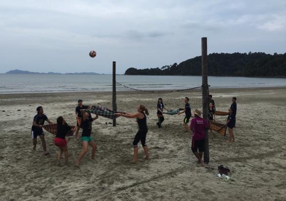 Whacky Beach Games (2)