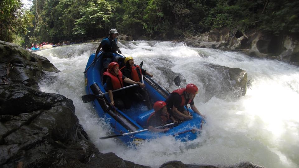 Whitewater Rafting (1)