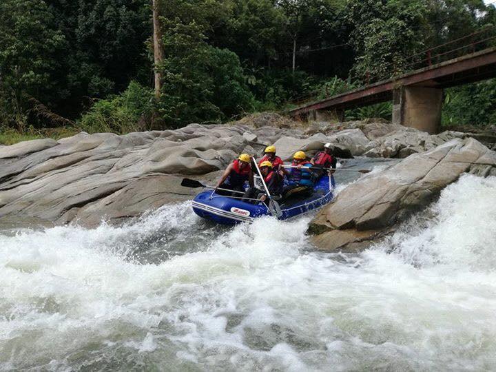 Whitewater Rafting (3)