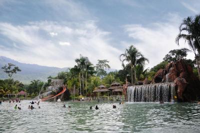 sungkai hot springs2