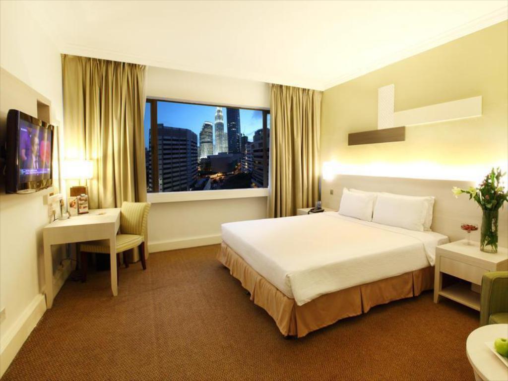 corus hotel 2